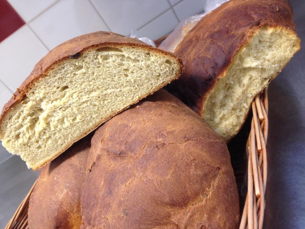 bröd bakad på farbror gröns kokossoppa