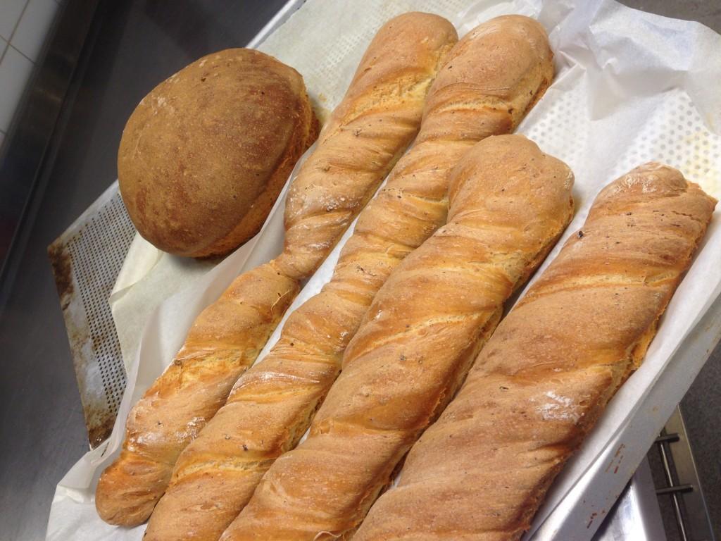bröd bakat på rågsikt och keso