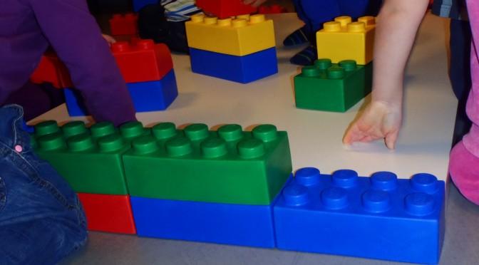 Vad gör barnen med vårt nya material?