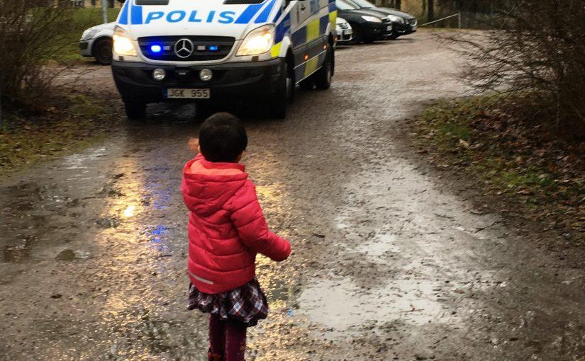 Vi fick finbesök idag av en farfar som är polis!